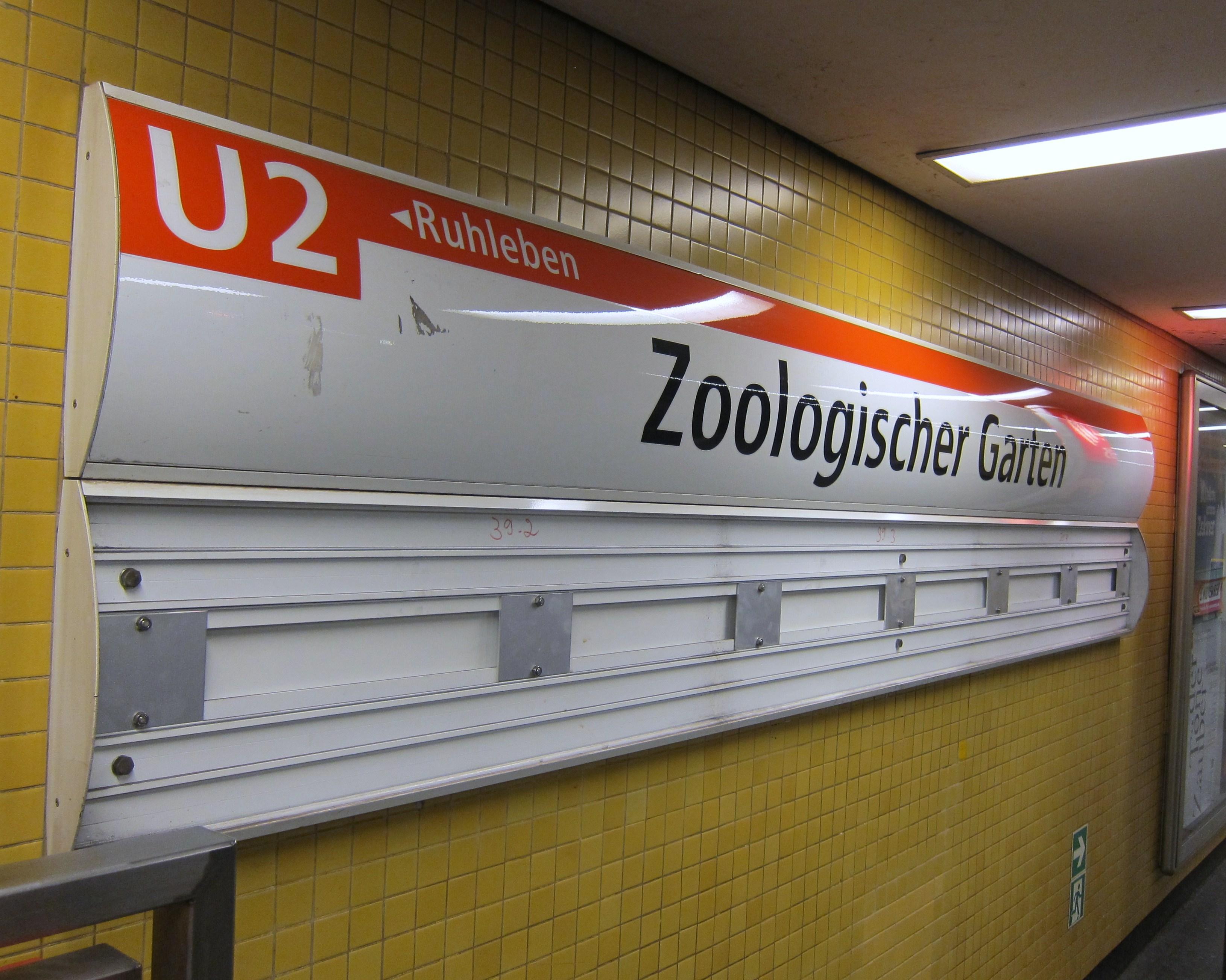 u2-zoo-station